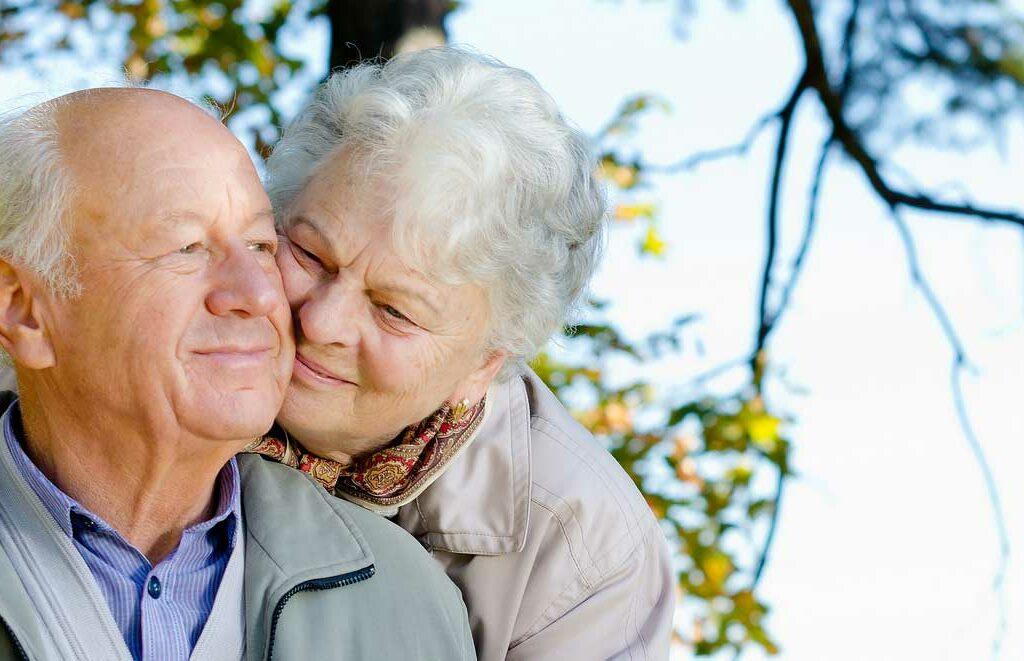 С 1 января 2020 года неработающие пенсионеры Смоленской области могут рассчитывать на доплату